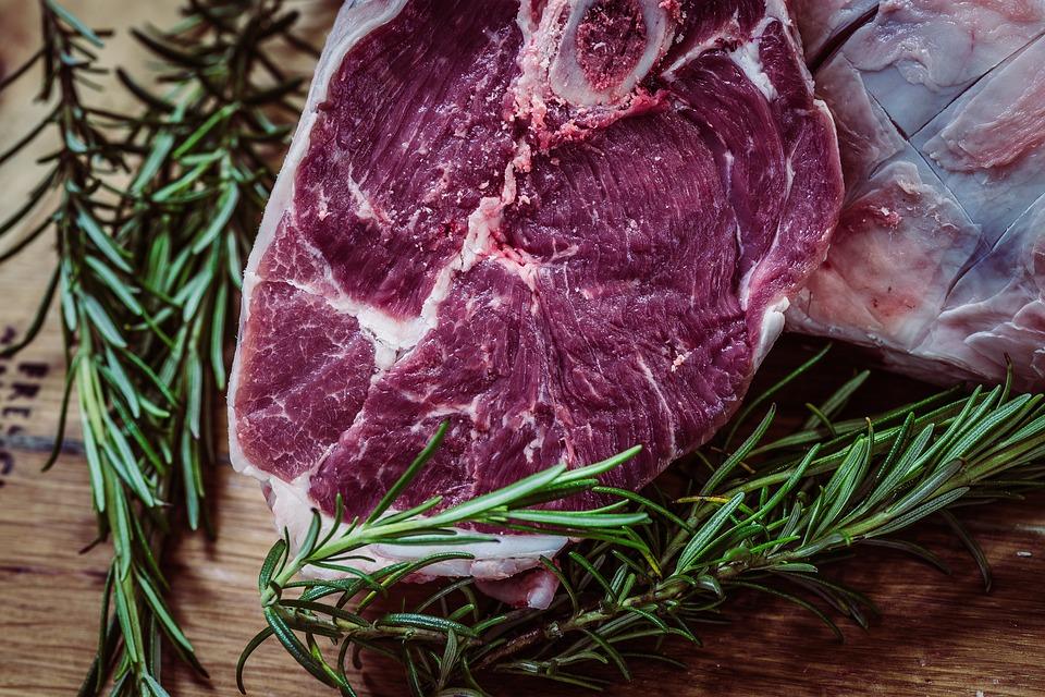 10 cosas que te pasan si comes demasiada carne